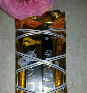 Подарочный набор Avon Luxe: помада+тушь