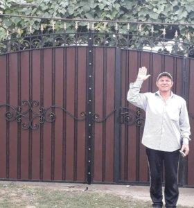 Ворота и оградки на кладбище