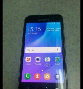 Samsung Galaxy j 1/6 (2016)