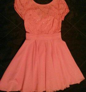 Платье (совсем новое-даром)