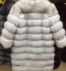 Песцовое пальто