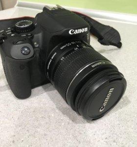 Зеркальная фотокамера canon 650D