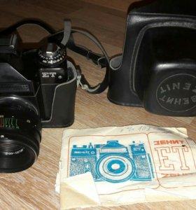 Фотоаппарат зенит ЕТ 1984 года.
