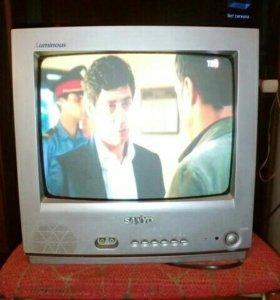 Телевизор Sanyo.