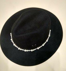 Шляпа новая с жемчугом