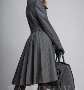 Пальто новое .Балунова черное