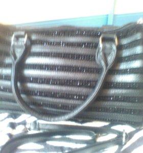 вместительная сумка