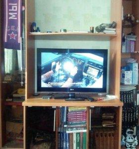 Тумба под телевизор с двумя шкафами-полками