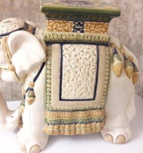 Подставка для вазы слон