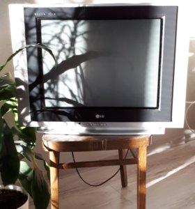 Телевизор LG Ultra Slim 21F (54см).