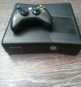 Xbox360s 250gb freebut