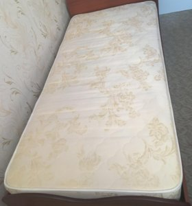 Кровать с матрасом и новый матрас ортопедический