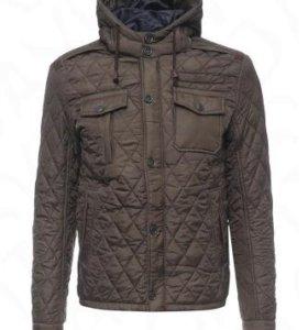 НОВАЯ Стильная, утепленная куртка