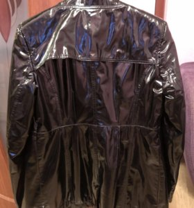 Лаковая куртка Armani Jeans