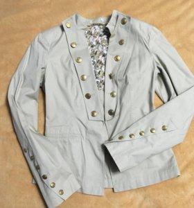 Пиджак шикарный