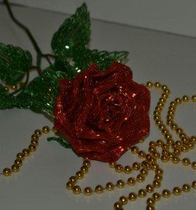 Роза из бисера. Подарок. Сувенир