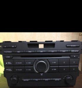 штатное головное устройство от Mazda cx 7