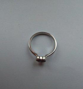 Кольцо и сережки