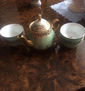 Пиалки и чайник
