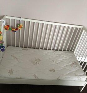 Кроватка детская и матрас новые!
