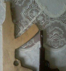 Самодельный пистолет и ак 47