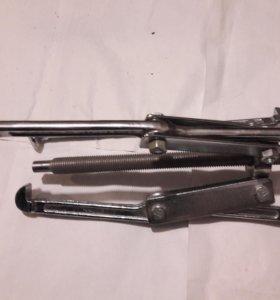 Съемник трехлапчатый Drop Forged 250 мм. Новый