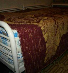 Кровать ИКЕА с матрасом.
