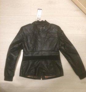 Новая Куртка р 42/44