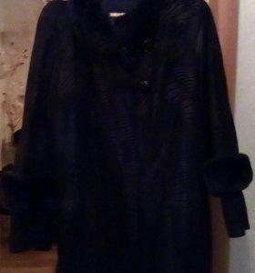 Кожаное пальто 52-54р