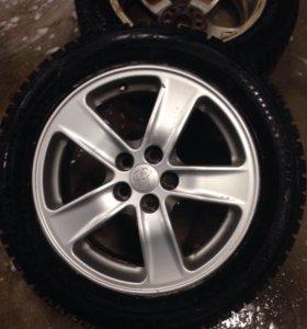 Зимние шипованные колёса тойота-лексус;