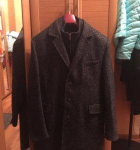 Новое зимнее мужское пальто
