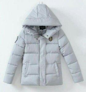 Куртка женская 46 размер