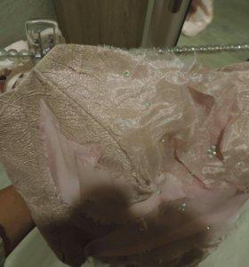Вечернее платье, костюм