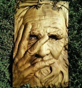 Панно из дерева