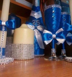 Свадебные, юбилейные бокалы, свечи, бутылки.