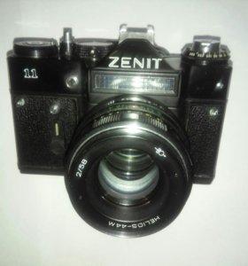 (плёночный) фотоаппарат