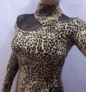 Нарядное платье 44-46 р-ра