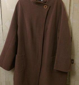 пальто б/у, размер 56-58