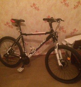 Велосипед с дисковыми тормозами forward