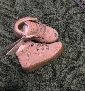 Ботинки новые Zara
