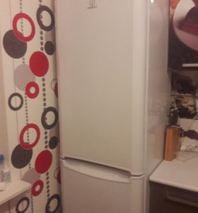 Срочно! Холодильник undesit ВН20.Б/У