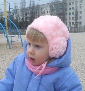 Очень красивая меховая шапочка для малышки 2-3 лет