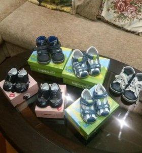 Новая детская обувь за 500