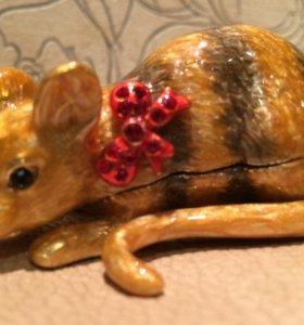 Шкатулка мышка