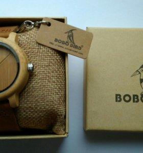 Брендовые женские деревянные часы новые