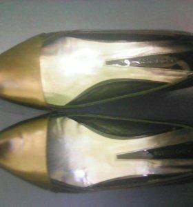 Туфли натуральные лаковые