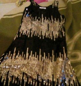 Платье нарядное, новогодние.