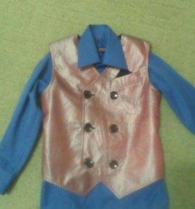 Жилетка и рубашка для мальчика
