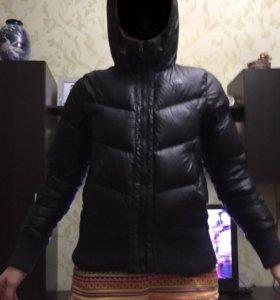 Nike куртка пуховик S