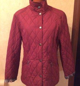 Женскую куртку